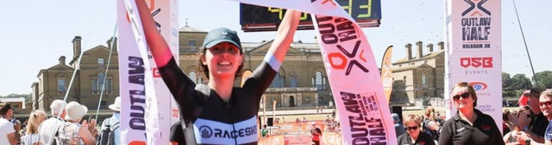 Excitement and drama see Proctor and Hawker win Outlaw Half Holkham